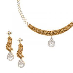Luxe Antique Collar Necklace