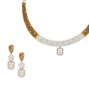 Rave Antique Gold Necklace
