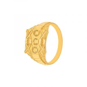Classic Pattern Gold Ring