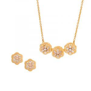 22k Diamond Trio Floretts Pendant Necklace