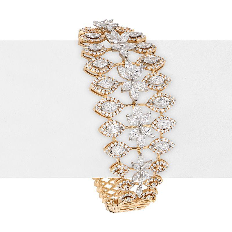 18k Diamond Cluster Diamond Bangle Bracelet