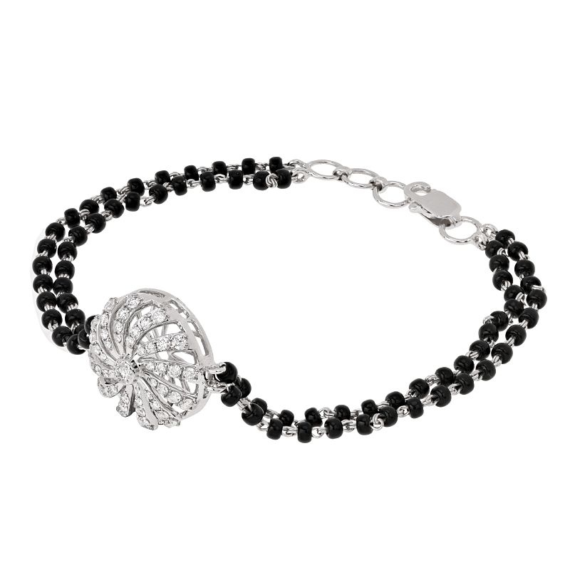 18k Diamond Spiral Diamond Mangalsutra Bracelet