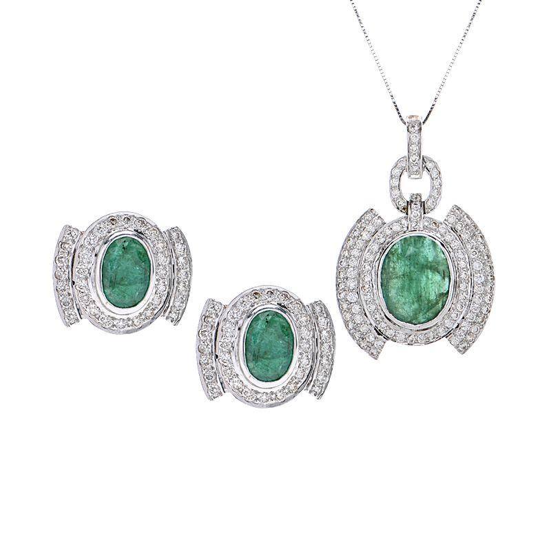 18k Diamond Green Gems Pendant Set