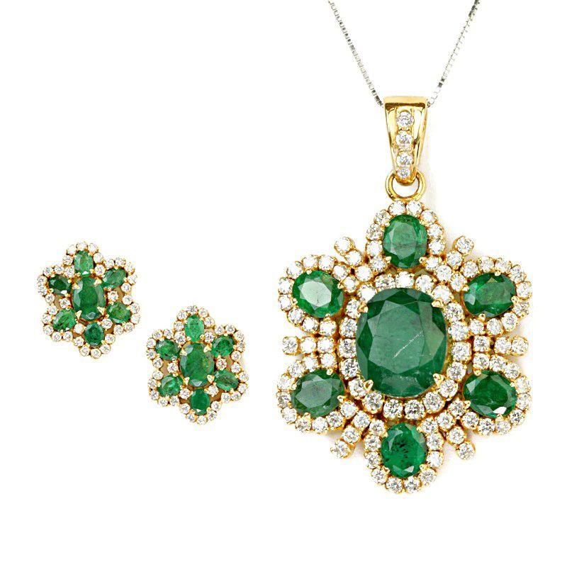 18k Diamond Green Flower Pendant Set