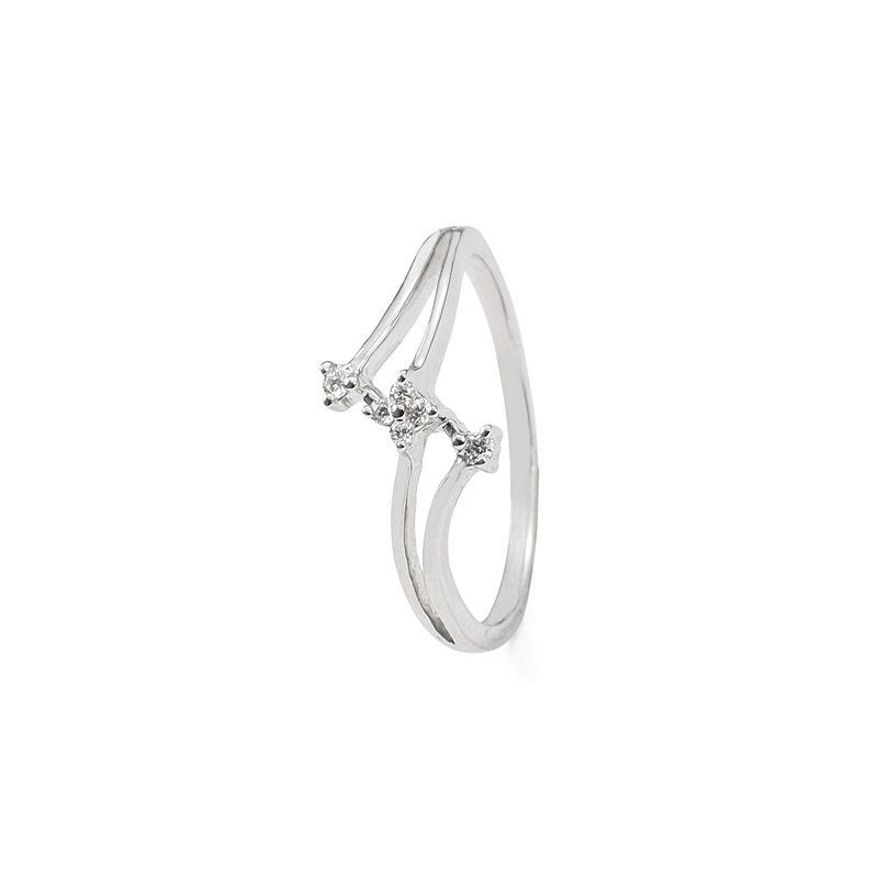 18k Diamond Petal Design Diamond Ring