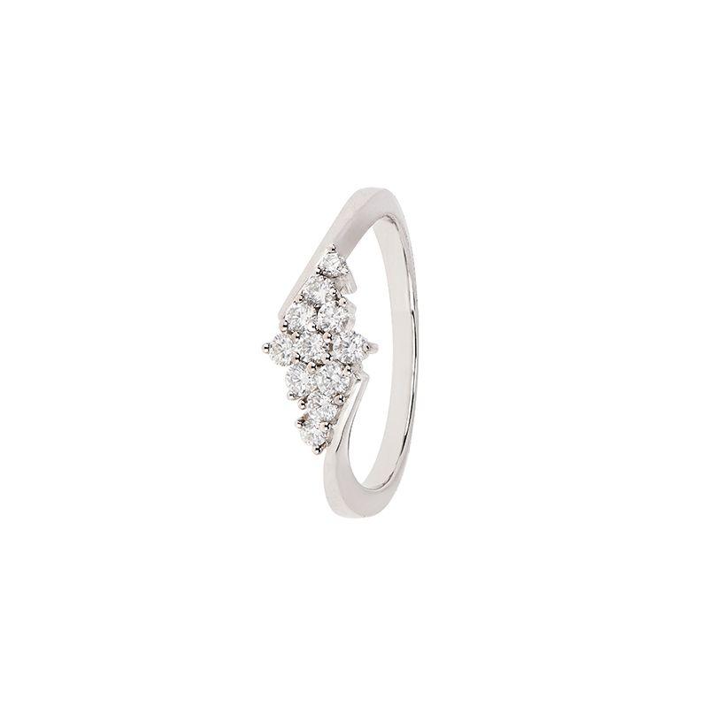 18k Diamond Cluster Design Diamond Ring