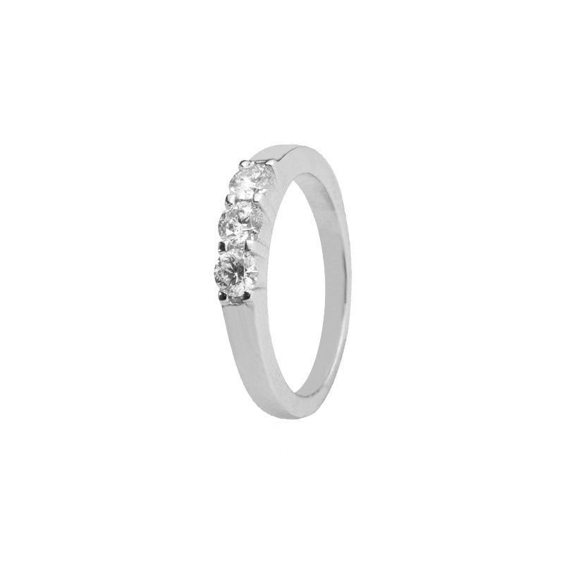 18k Diamond Three Stone Diamond Ring