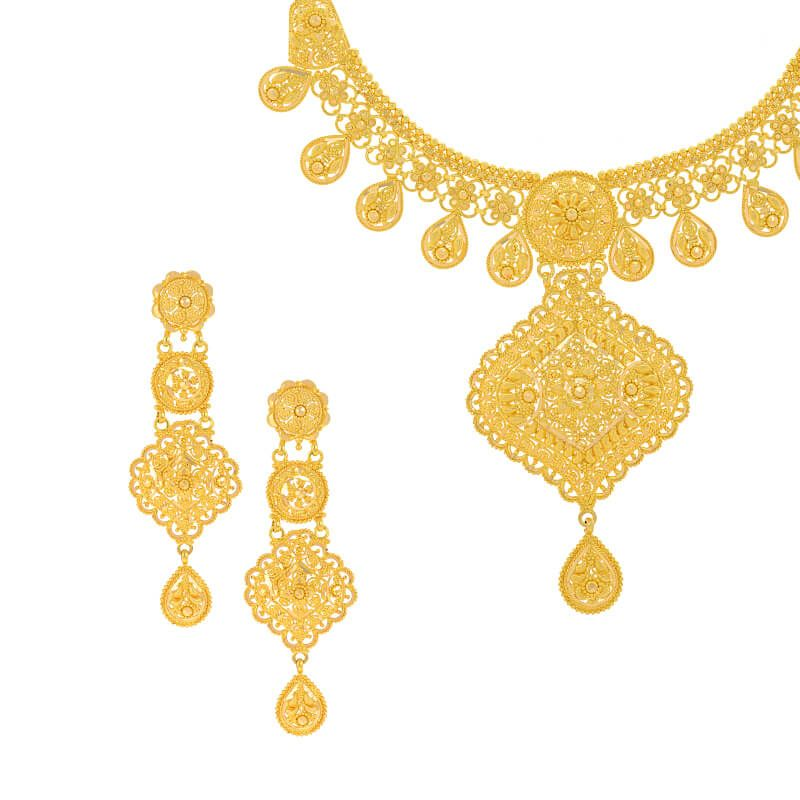 22k Gold Filigree Dangles Gold Necklace