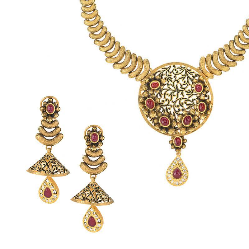 22k Gold Aakavi Antique Gold Necklace