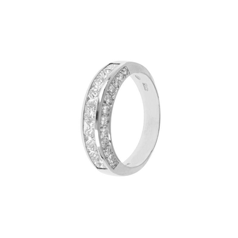 18k Diamond Three stripe Diamond Ring