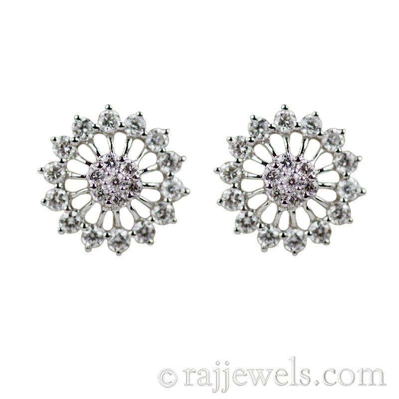 18k Diamond 18K Diamond stud earrings