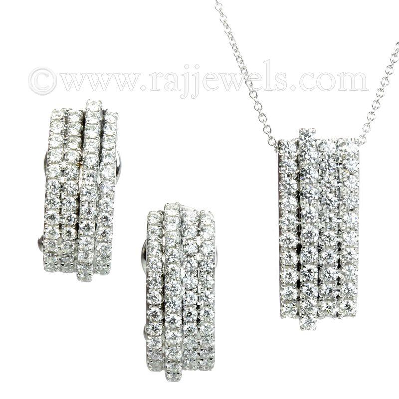 18k Diamond Cluster Lines Pendant Necklace