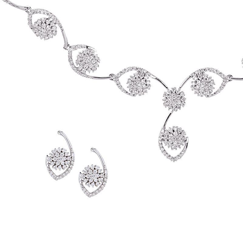 18k Diamond Calypso Diamond Necklace Set