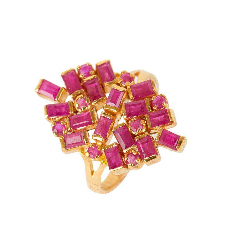 22k Gold Burgundy Gemstone Ring