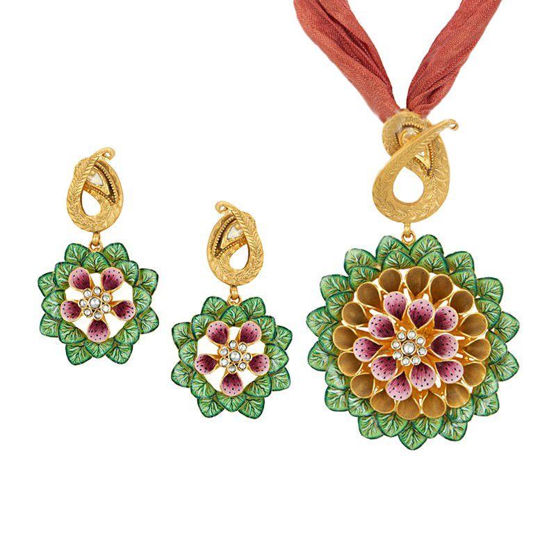 22k Gold Flower of Life Pendant Necklace