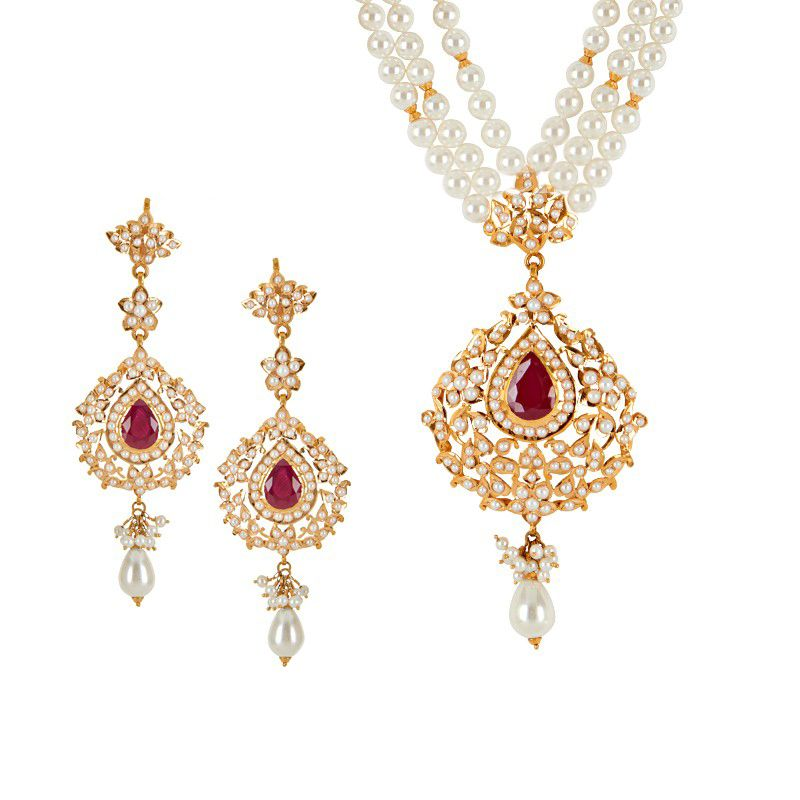 22k Gold Anitya Pearl Necklace