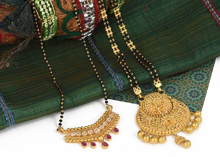 22k gold & uncut diamond mangalustra designs