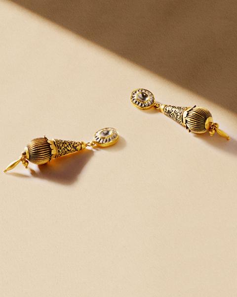22k antique gold kundan long earrings