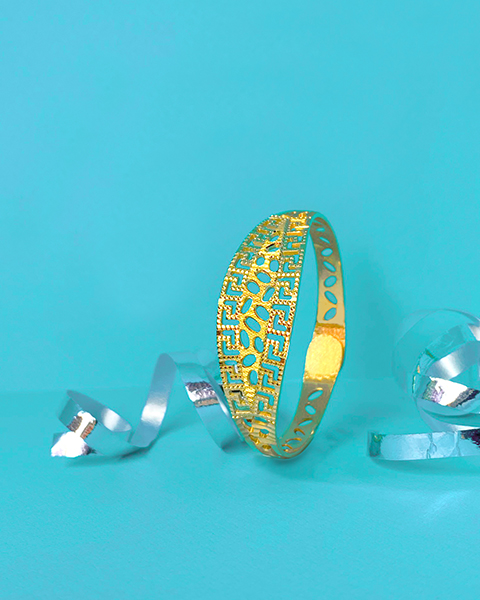 what are the best designs of gold bangles for babies