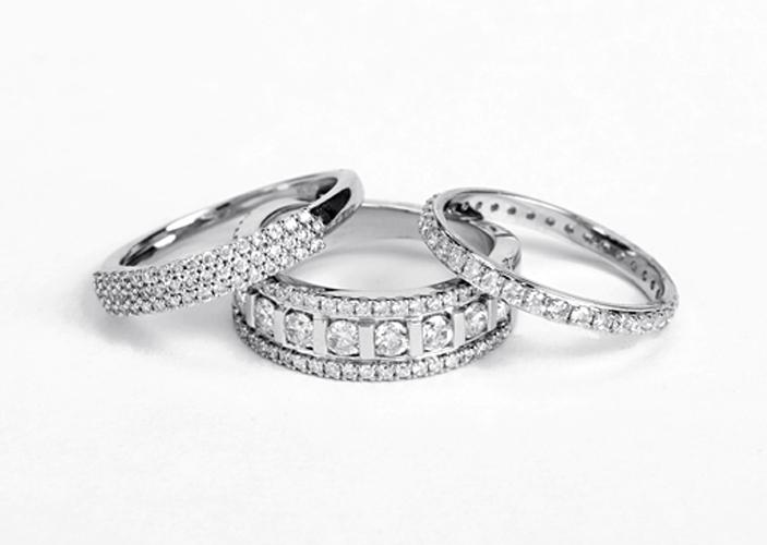 women's diamond eternity wedding bands
