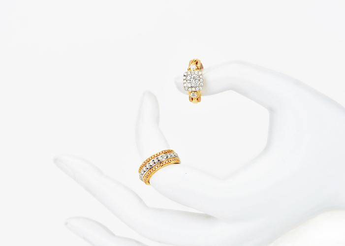 unique women's diamond rings