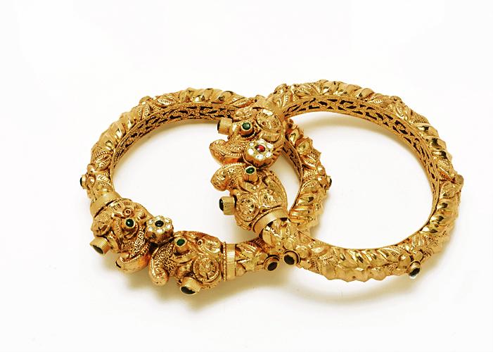 22kt gold antique bangles