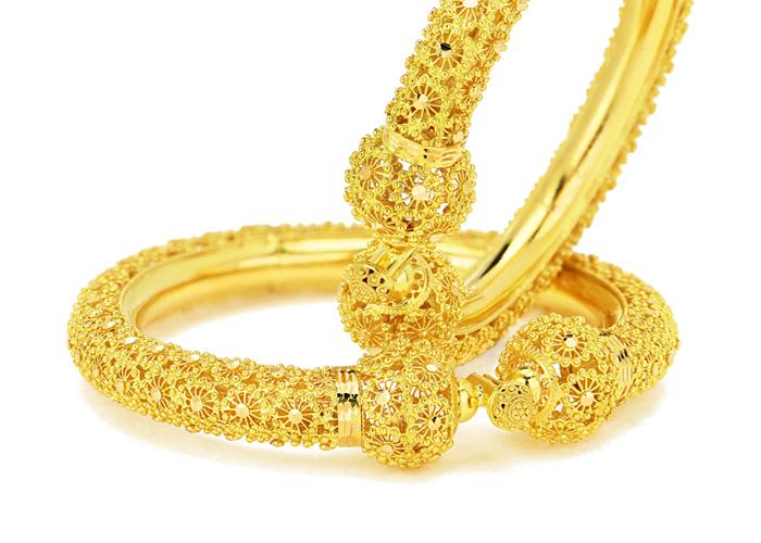 22 karat gold bangles