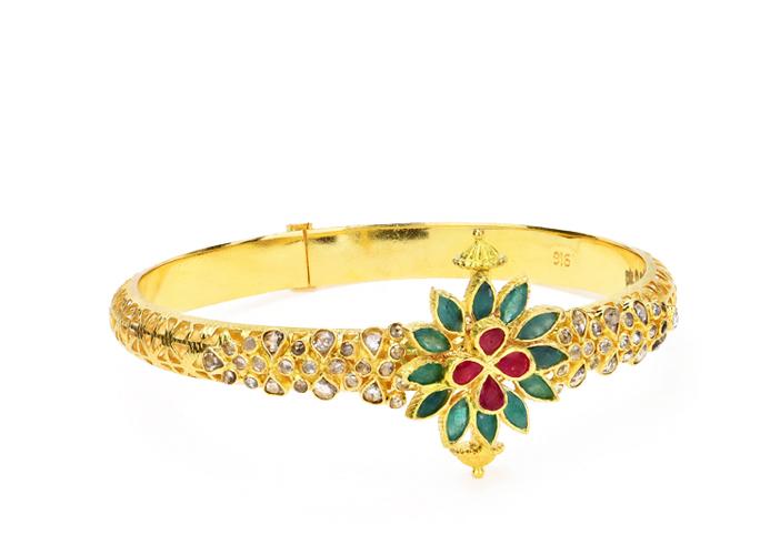 22k uncut diamond gold bangle