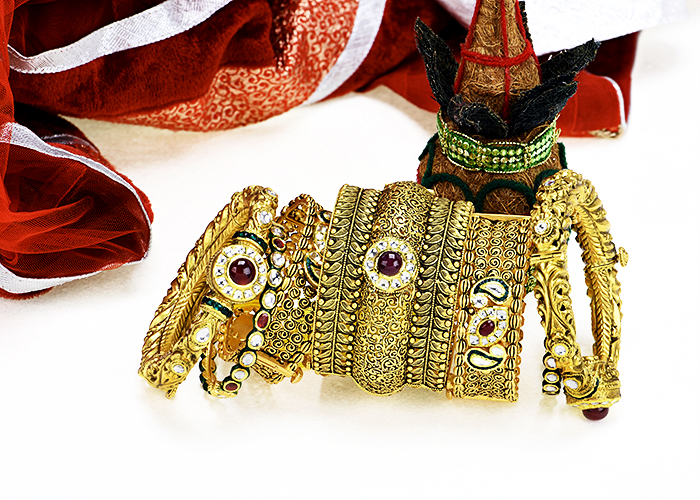 22k gold designer antique bangles for bride