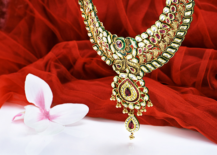 kundan gold necklace sets